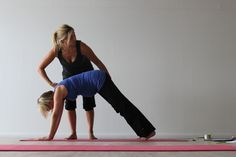 Pregnancy Yoga Tuesdays 6-7pm at Harrogate's Go Yoga.  Re-alignment in pregnancy is constantly needed as the body continues to change and reshape itself for baby. We focus on breath for birth which mothers find profound and enormously useful when it comes to their time of birth. https://clients.mindbodyonline.com/ASP/adm/home.asp?studioid=38005