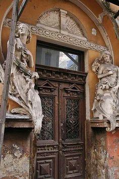 Art Nouveau door in Riga, Latvia Grand Entrance, Entrance Doors, Doorway, Cool Doors, Unique Doors, Art Nouveau, Door Knockers, Door Knobs, Jugendstil Design