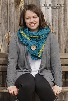 Ravelry: Hillary Scarf pattern by Sincerely Pam