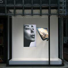 interactive shop window USING TECHNOLOGY  HERMES window display