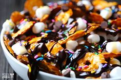 Chocolate Pretzel Nachos