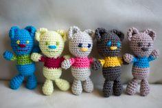 Mini amigurumi teddy bears / Crochet