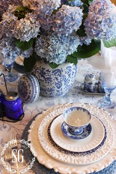 TOP 10 FAVORITE TABLESCAPING ITEMS - StoneGable