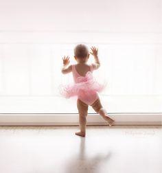 Ballet dancer, window girl, little girl, balerina, mala baletnica, sesja zdjeciowa, fotografia, taniec www.malgorzatajonczyk.pl Girls Dresses, Flower Girl Dresses, Poland, Ballet Skirt, Wedding Dresses, Skirts, Photography, Fashion, Fotografia