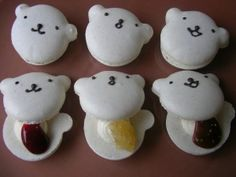 Polar Bear Macaron
