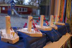 3d knutsel: Stoomboot van Sint gemaakt aan de timmertafel. Groep 1/2