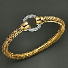 Classic Elegance! This beauty by Italian designer Roberto Coin is now available tax free at Jewelry Studio in Bozeman, Montana. www.Bozemanjewelry.com