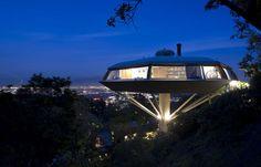 organic modernist John Lautner/s flying saucer-like Chemosphere house