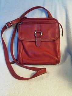 Fossil Crossbody Bag Red pebbled Leather Organizer Medium size ZB2840 #Fossil #MessengerCrossBody