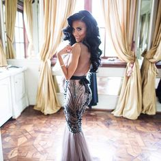 LOVE this custom Michael Costello Couture dress! WANT! <3