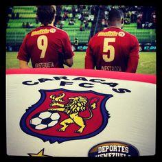 Porque en las buenas y malas Rojo yo siempre estaré contigo - CaracasFC
