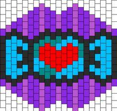 candy mask bead pattern Kandi Patterns, Beading Patterns Free, Beaded Bracelet Patterns, Peyote Patterns, Kandi Mask, Peyote Beading, Raves, Beaded Rings, Bead Crafts