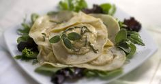 Table for One: pumpkin ravioli with sage butter & apple cider sauce ---not sure about sage butter but defo need the cider sauce recipe. Pumpkin Ravioli, Butternut Squash Ravioli, Ravioli Sauce, Sage Butter, Homemade Pasta, Dinner Dishes, Sauce Recipes, Apple Cider, Pumpkin Spice