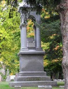 Tombstone - Woodlawn Cemetery Toledo Ohio