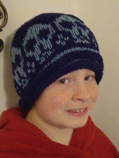 Hand knit skull hat