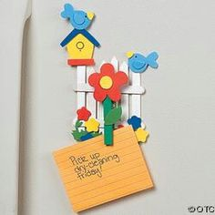 Make this fun Craft Stick and Birdhouse Magnet Memo Clip Craft Kit- Spring craft ideas for kids. Spend quality time with your children making these fun Spring crafts. Ice Lolly Stick Crafts, Popsicle Stick Art, Popsicle Stick Crafts, Craft Stick Crafts, Kids Crafts, New Crafts, Diy And Crafts, Paper Crafts, Preschool Crafts