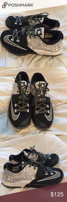 Nike KEVIN DURANT black history month size 6.5 Nike black and white limited edition Kevin Durant size 6.5 only worn once limited edition. Like brand new Nike Shoes Athletic Shoes
