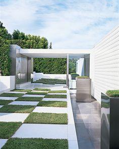 Charles Allem Bel Air Modern - modern - exterior - los angeles - HERMOGENO DESIGNS