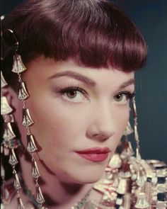 """vintagegal: """" Anne Baxter as Nefretiri in Cecil B. DeMille's """"Ten Commandments"""" 1956 """" Anne Baxter, Hooray For Hollywood, Hollywood Stars, Classic Hollywood, Old Hollywood, Hollywood Glamour, Judy Holliday, Yul Brynner, Epic Film"""