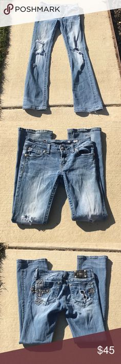 Miss Me Jeans Distressed miss me jeans, fabulous condition, boot cut style, size 29 Miss Me Jeans Boot Cut
