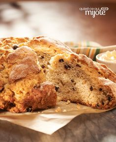 Make everyone feel lucky—that they got a slice of this Irish Soda Bread Recipe. Filled with currants (and luck), our Irish Soda Bread Recipe is delicious! Kraft Recipes, Bread Recipes, Cooking Recipes, Kraft Foods, What's Cooking, Easy Recipes, Easy Meals, Calumet Baking Powder, Irish Soda Bread Recipe