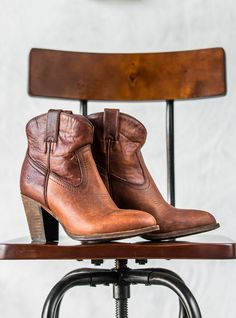 Beat the Rush This Year - Get Christmas Prices on Frye Now!