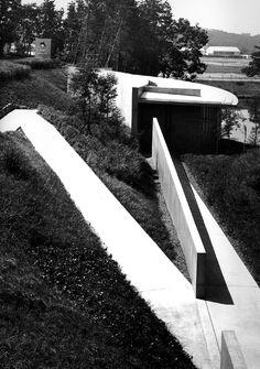 Daylight Museum. 1997-98. Gamo-gun, Shiga, Japón, Tadao Ando. Tadao Ando, Shiga, Smart City, Sidewalk, Museum, Gun, Architecture, Building, Nature