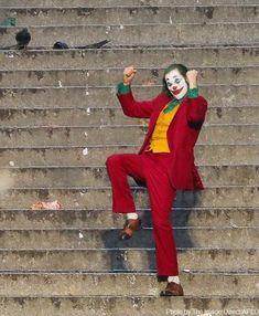 Read from the story Galería Joker by with reads. Joker Batman, Batman Joker Wallpaper, Joker Wallpapers, Joker And Harley, Harley Quinn, Joaquin Phoenix, Joker Phoenix, Dc Comics, Joker Film