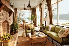 River Dunes captain's house, North Carolina. Historical Concepts in Coastal Living.