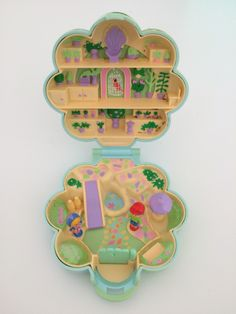Midge's Flower Shop - 1990 - Polly pocket Photo  ©Anne Le Groumellec