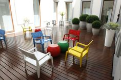 CAPPELLINI Mr.B armchair and Bong low table @Valextra during Milan Fashion Week - June 2012