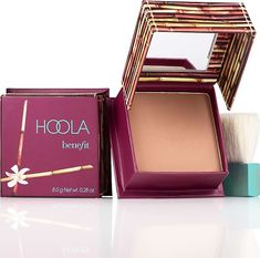 Buy Hoola Bronzer from Benefit Cosmetics here. Meet the award-winning matte bronzer that delivers pure color without leaving behind shimmer or shine. Benefit Cosmetics, Benefit Makeup, Stila Cosmetics, Diy Beauty, Beauty Hacks, Anton, Makeup Junkie, Travel Size Products, Beauty Secrets