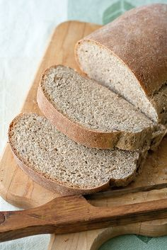 Limpa (Swedish Rye Bread) with delicate citrus & licorice Swedish Rye Bread Recipe, Swedish Bread, Yeast Bread Recipes, Swedish Recipes, Swedish Foods, Swedish Dishes, Norwegian Recipes, Homemade Rye Bread, Gourmet