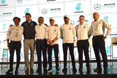 Lewis Hamilton, Mercedes-AMG F1, Valtteri Bottas, Mercedes-AMG F1, Toto Wolff, Direttore del Motorsport Mercedes AMG F1