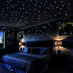 Bedroom lighting can range from basic to bold, and dimmed to dramatic. No matter what, lighting is a key player in your bedroom design. Bedroom lighting inspiration for your sleeping accommodation. Look at our best bedroom interior ideas. Girl Bedroom Designs, Room Ideas Bedroom, Bedroom Themes, Bedroom Decor, Design Bedroom, Kids Bedroom, Bed Room, Galaxy Bedroom Ideas, Star Bedroom