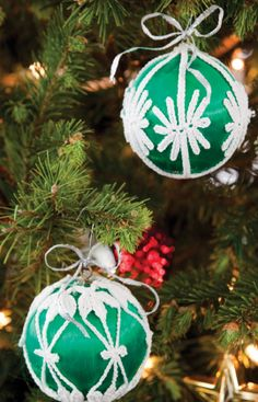 Decorative Christmas Ornaments Free Crochet Pattern from Aunt Lydia's Crochet Thread