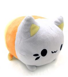 Just in time for Halloween, this little Candy Corn meowchi will happily help you nom your sweets this season!