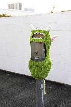 another hanasaurusrex meter monster for Pow Wow Hawaii 2013 hilarious! Crochet Wool, Crochet Art, Graffiti Wall Art, Yarn Bombing, Pow Wow, Textiles, Public Art, Yarn Crafts, Urban Art