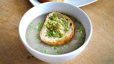 Creamy Mushroom Soup with Thyme Vegetarian