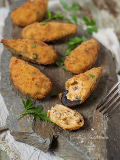 My Favorite Food, Favorite Recipes, Food Porn, Spanish Cuisine, Spanish Food, Fish Plate, Good Food, Yummy Food, Canapes