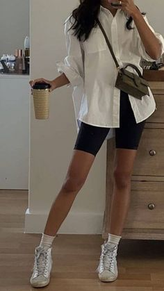 Mode Outfits, Girl Outfits, Fashion Outfits, Tomboy Fashion, Short Outfits, Looks Street Style, Looks Style, 40s Mode, Mode Ootd
