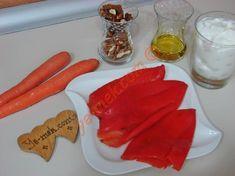 Közlenmiş Kırmızı Biberli Havuçlu Tarator İçin Gerekli Malzemeler Plastic Cutting Board, Pasta, Cookies, Desserts, Food, Crack Crackers, Tailgate Desserts, Deserts, Biscuits