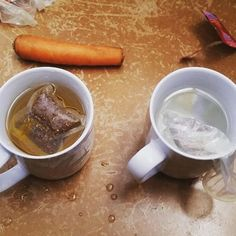 in honor of World Contraception Day, we're sharing PCV Walter's amazing condom demonstration. he put a tea bag representing sexual fluids in a cup of water, then put a tea bag in a condom inside another cup, showing his students how easy it is to reduce risk of transmitting STDs and HIV, and also prevent pregnancy. he also used carrots for a condom demo!! we're proud to have PCVs like Walter teaching Lesotho's youth about contraceptives!! #worldcontraceptionday #howiseepc #peacecorps…