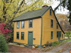 29 West Town St, Norwich, CT 06360, Norwichtown. Please contact me for more info: 860-917-5972 Courtesy of: Raveis.com