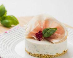 Un cheesecake salé, sans cuisson, frais et léger. Parfait pour une entrée ou un repas léger avec une salade verte!