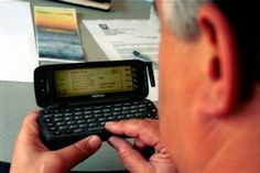 Primeiro SMS foi enviado há 20 anos