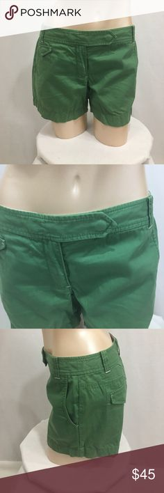 NWOT Ann Taylor loft moss/jungle green shorts New without tags. Still has he remove before wearing tag. Gorgeous green. Multiple pockets. Snap/zipper closure. 100% cotton. Size 2. Measurements are approx in inches. W-15 length-12 rise-8.5 inseam-4   🌹no trades 🌹discounts on bundles of 2+  🌹1000 items listed, take a peak!  🌹suggested user, posh compliant: LOFT Shorts