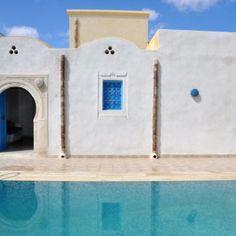Notre Houch d'Hote vous accueil à Djerba une destination idéale pour passer un séjour paisible. Nous mettrons tout notre savoir faire et toute notre flexibilité en œuvre, afin de vous offrir les mêmes qualités de service qu'à nos clients étrangers, pour un séjour parfait.