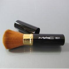 cheap mac 1831 makeup brush