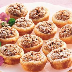 A chewy pecan mixture fills buttery pastry cups for an all-time favorite Southern treat.A chewy pecan mixture fills buttery pastry cups for an all-time favorite Southern treat. Mini Desserts, Just Desserts, Trifle Desserts, Health Desserts, Top Dessert Recipe, Dessert Recipes, Nut Cups Recipe, Trifle Recipe, Dinner Recipes